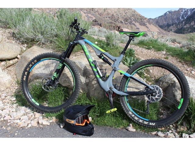ee515533373 2017 SCOTT Carbon Genius 710 Plus – Mountain Bike - Size Medium ...