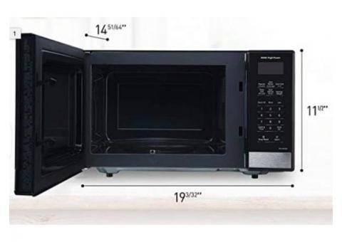 Panasonic Compact Countertop Microwave. 900W.