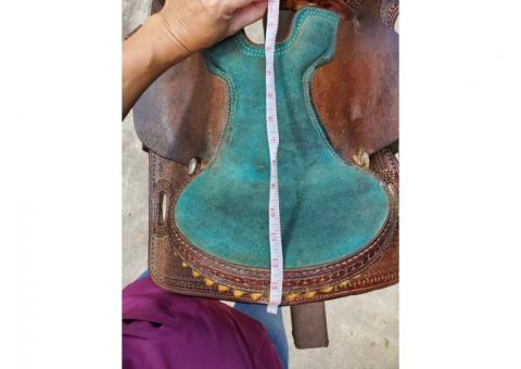 Teskeys youth barrel saddle